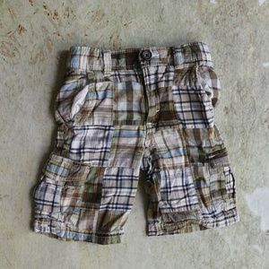 Gap plaid cargo shorts